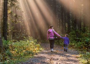 Childhood connection to nature has many benefits but is not universally positive, finds review